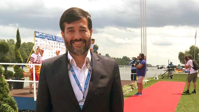 احمد دنیامالی به مجارستان سفر میکند