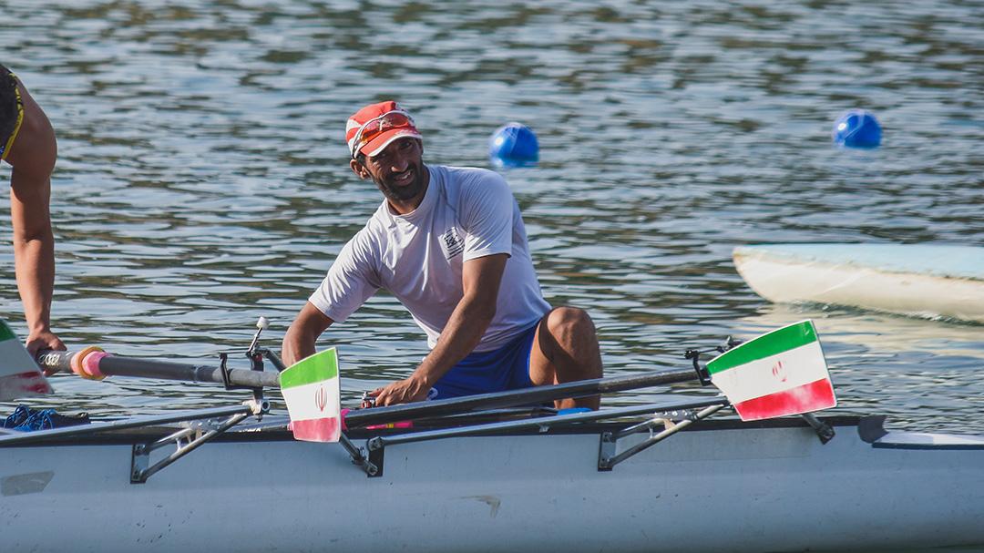 عاقل حبیبیان ملی پوش روئینگ: دست پر از قهرمانی آسیا بازمی گردیم