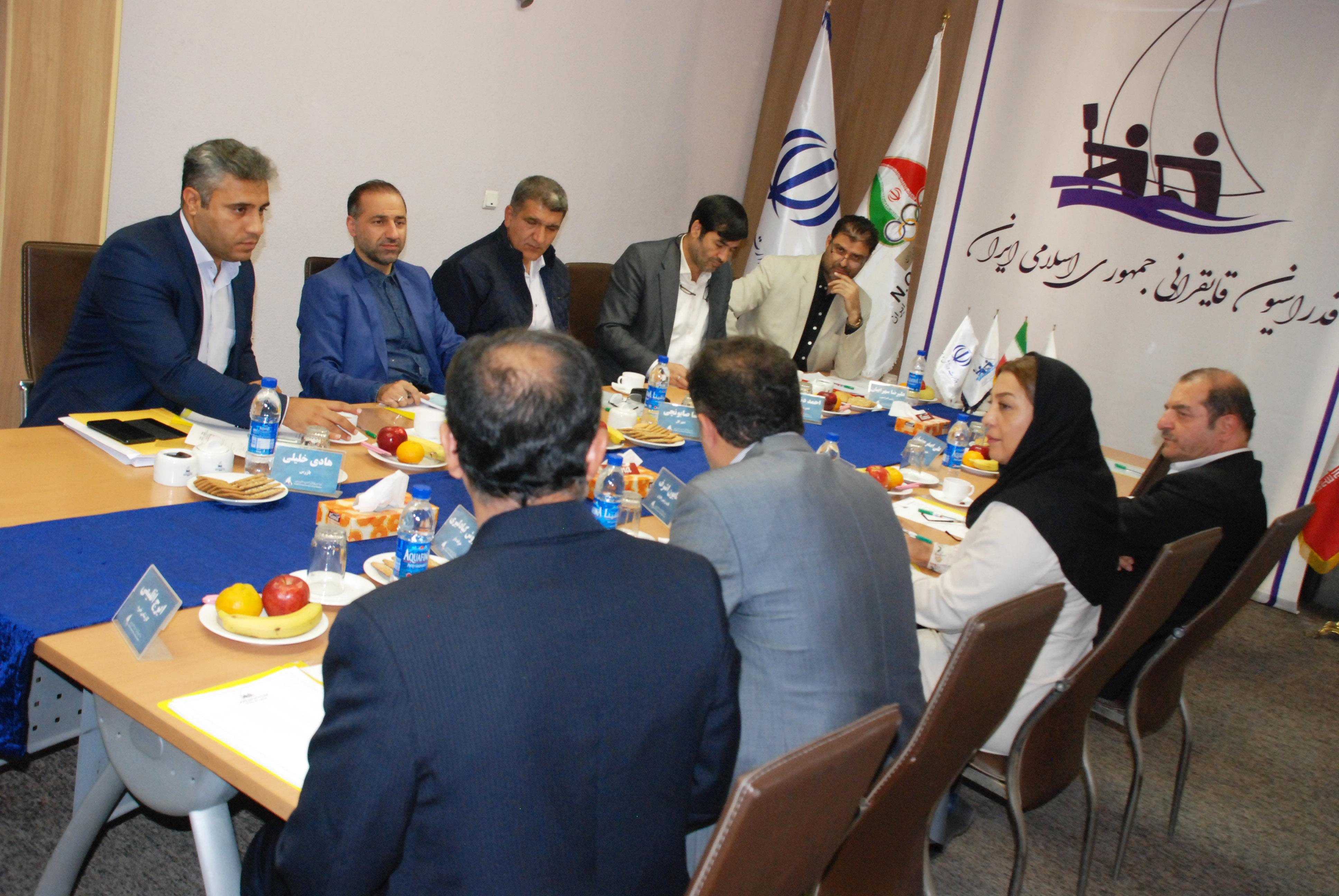 اولین جلسه هیات رئیسه فدراسیون قایقرانی برگزار شد