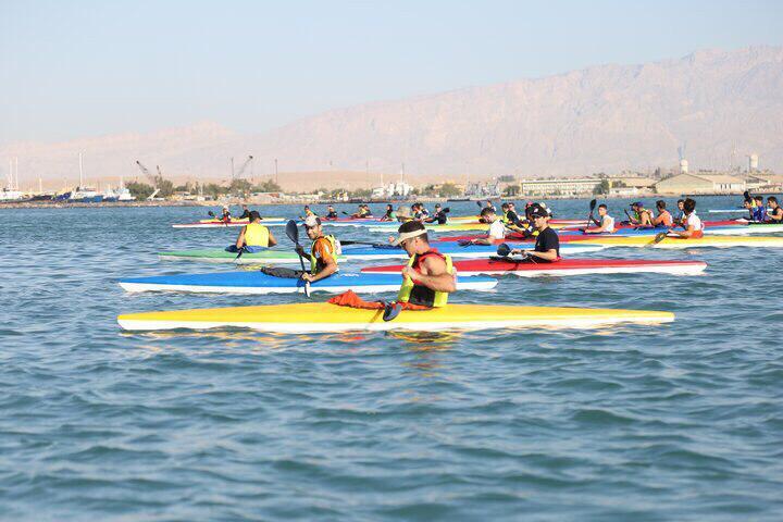 مسابقات قایقرانی ماراتن به مناسب روز نیروی دریایی ارتش برگزار شد