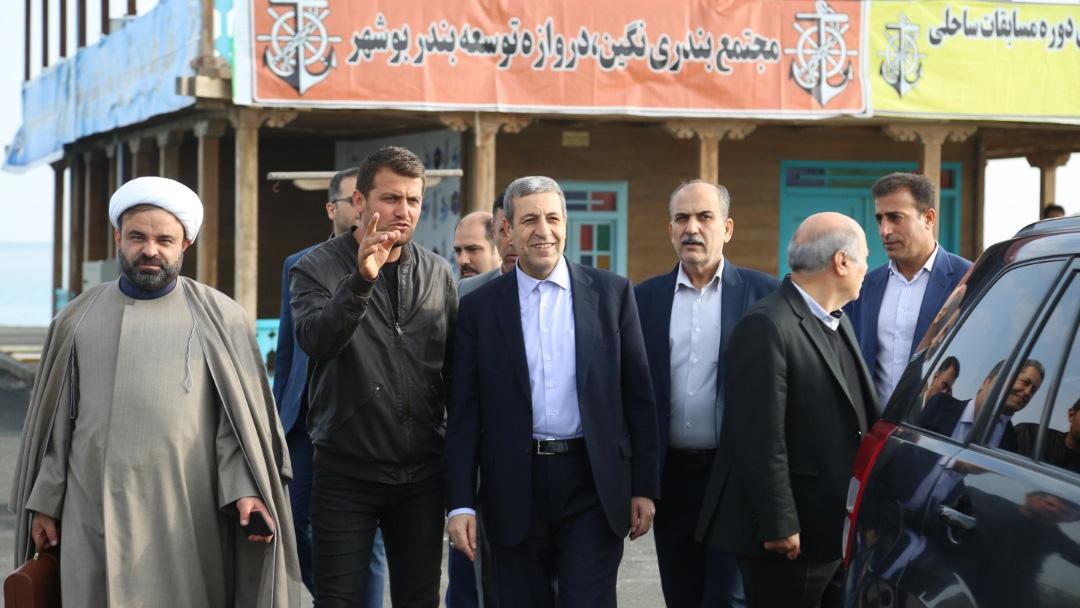 بازدید معاون پارلمانی وزیر ورزش و استاندار بوشهر از کمپ هیات قایقرانی بوشهر