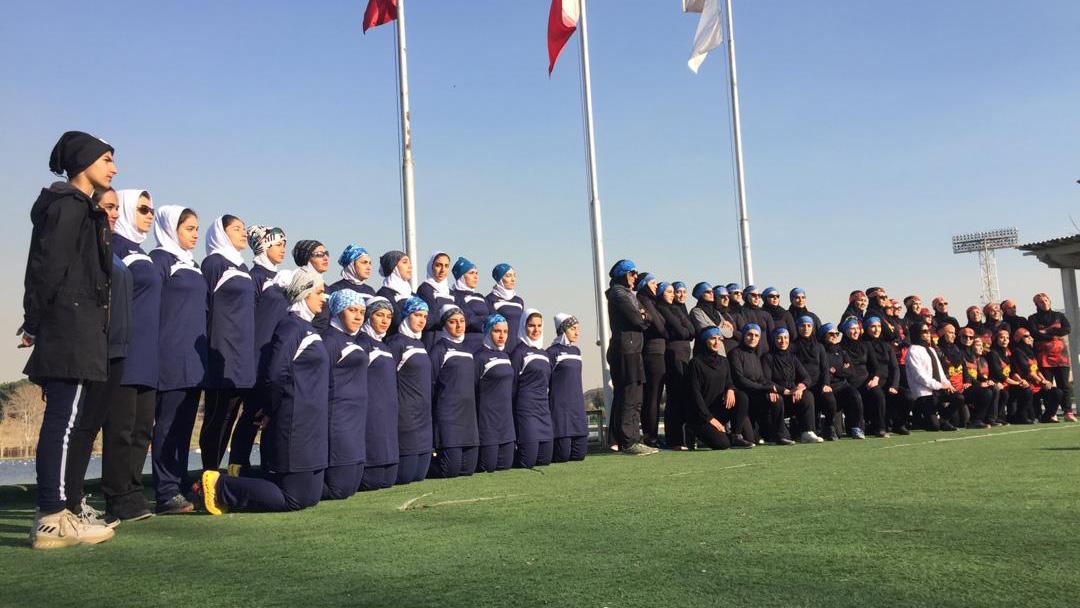 جام چهارجانبه دراگون بوت با برتری تیم های تهران و کردستان در دریاچه آزادی برگزار شد
