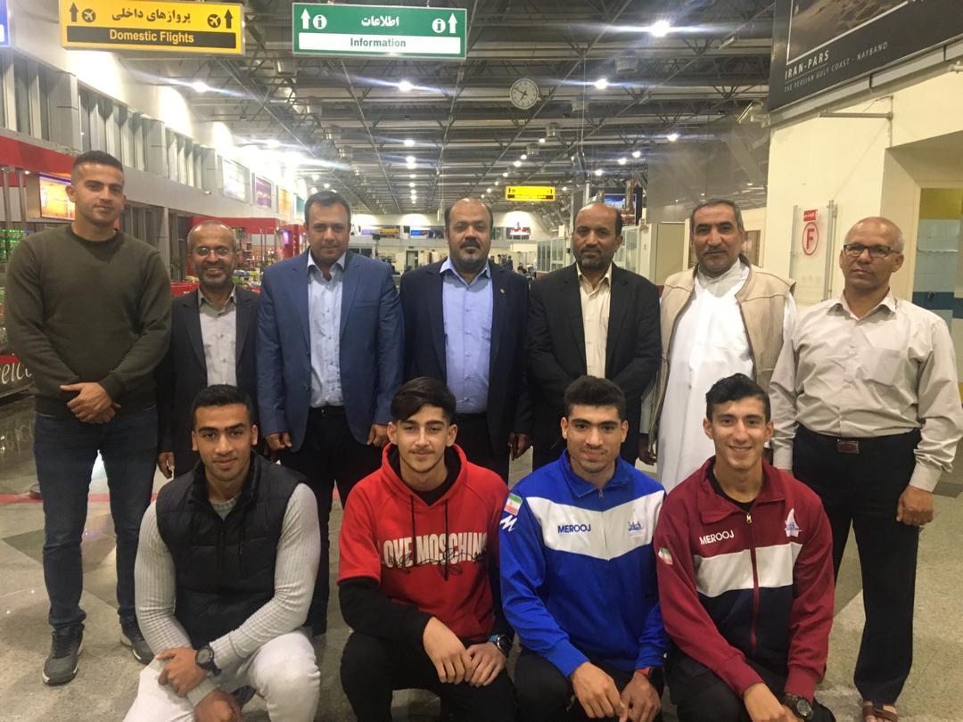 تیم ملی کانو جوانان و زیر 23 سال با استقبال مسئولان، وارد شهر عسلویه شد