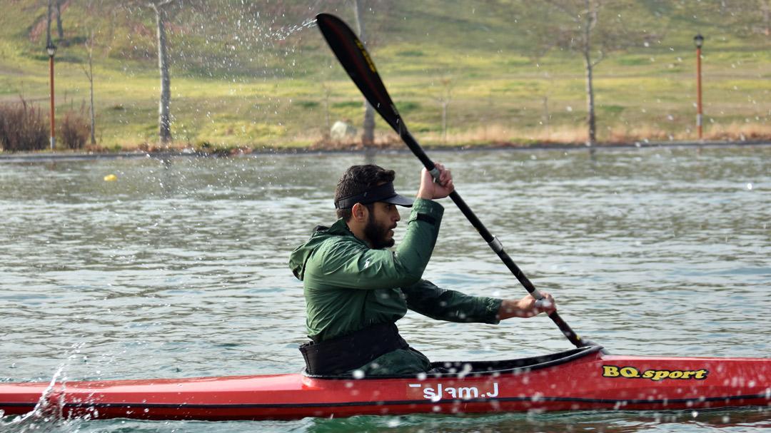 تیم ملی پارکانو در دریاچه آزادی به آب می زند