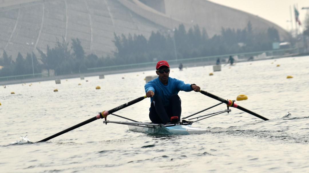 تیم ملی روئینگ در دریاچه آزادی به آب می زند